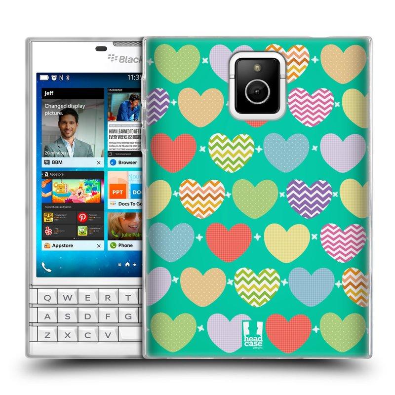 Silikonové pouzdro na mobil Blackberry PASSPORT HEAD CASE SRDÍČKA NA ZELENÉ (Silikonový kryt či obal na mobilní telefon Blackberry PASSPORT)