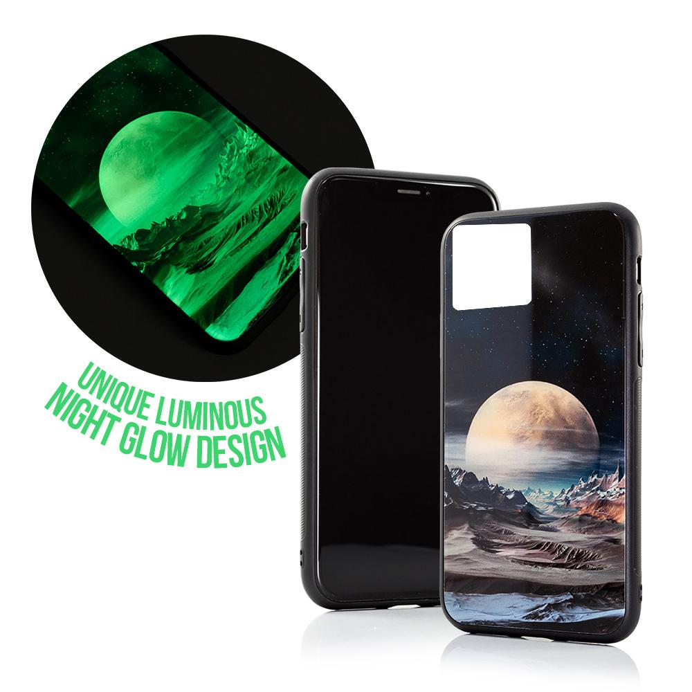 Silikonové pouzdro GLASS CASE na mobil Apple iPhone 11 Měsíc a krajina se skleněnými zády, svítí ve tmě