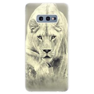 Silikonové odolné pouzdro iSaprio Lvice 01 na mobil Samsung Galaxy S10e